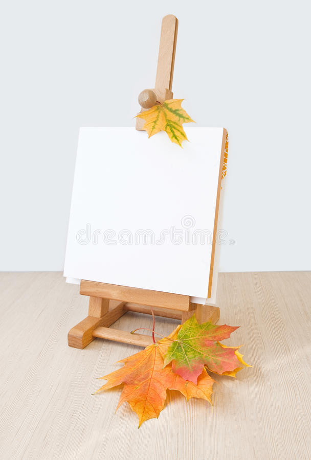 Free Wooden Easel Royalty Free Stock Photo - 26829295