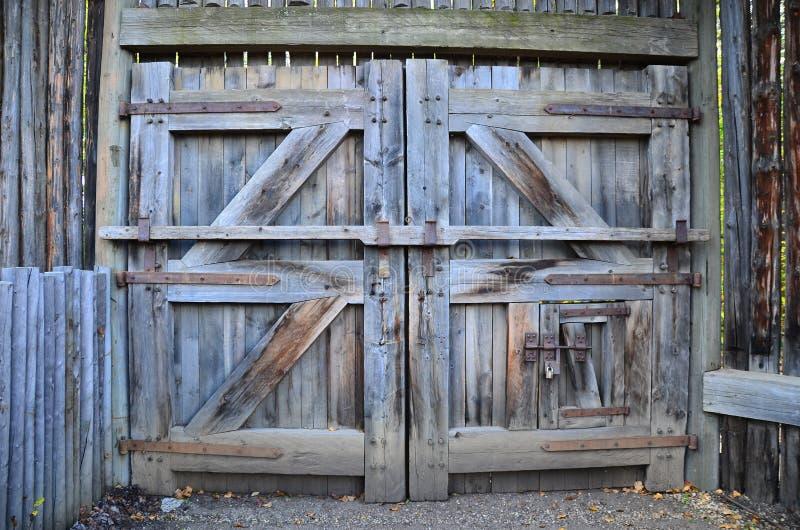 Download Fort Edmonton Wooden Doors Alberta Canada Stock Photo - Image of alberta & Fort Edmonton Wooden Doors Alberta Canada Stock Photo - Image of ...