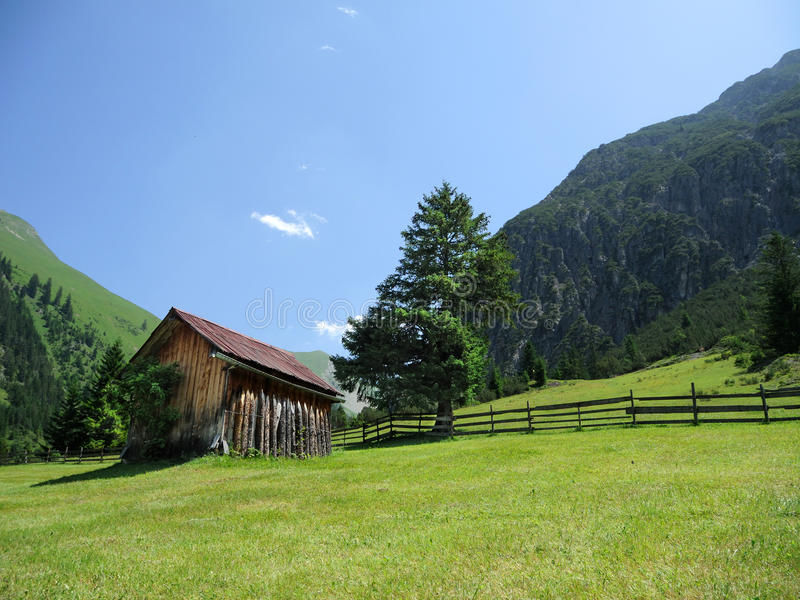 Download Wooden hut stock image. Image of house, alpine, descent - 25775893