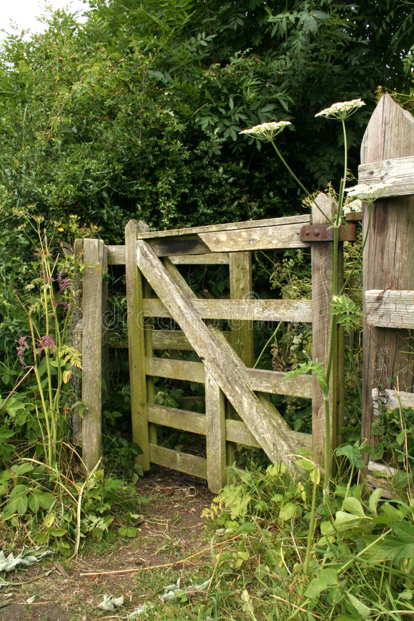 Free Wooden Kissing Gate Stock Photo - 944610