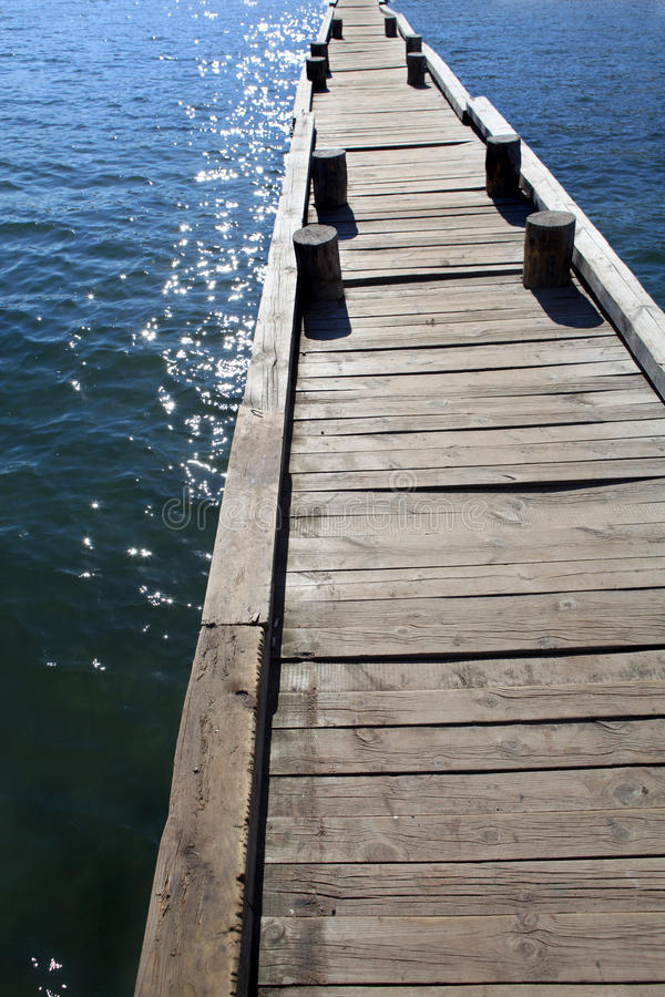 Free Wooden Pier Royalty Free Stock Photo - 21117495