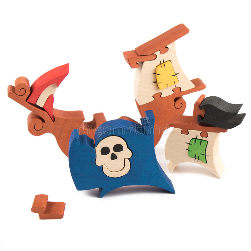 Free Wooden Pirate Ship Toy Stock Image - 66604911