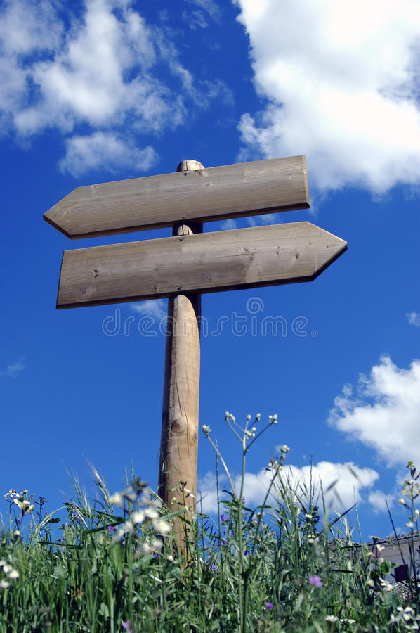Download Wooden Sign For Walkers Stock Photo - Image: 14311870