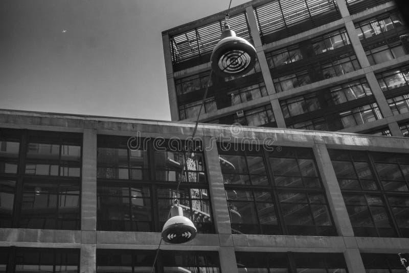 woodwards reflection-vancouver-gastown-xe2-20150609-DSCF6457-Edit jpg fotografia stock