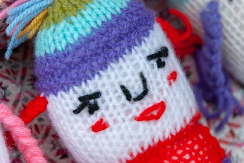 Wool-Knitting Vista de proteção da cabeça do brinquedo do bebê foto de stock royalty free
