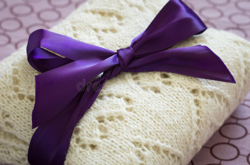 Download Wool Plaid With Bow Stock Photos - Image: 26346623