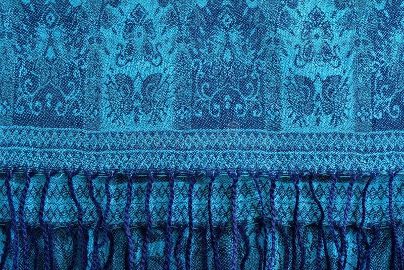 Woolen, kopierte Kaschmir Schal- oder Türkisschal mit Quasten lizenzfreie stockfotos