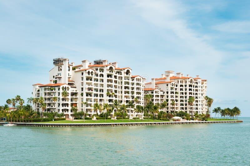 Woonplaatsen in Fisher Island in Miami royalty-vrije stock afbeeldingen