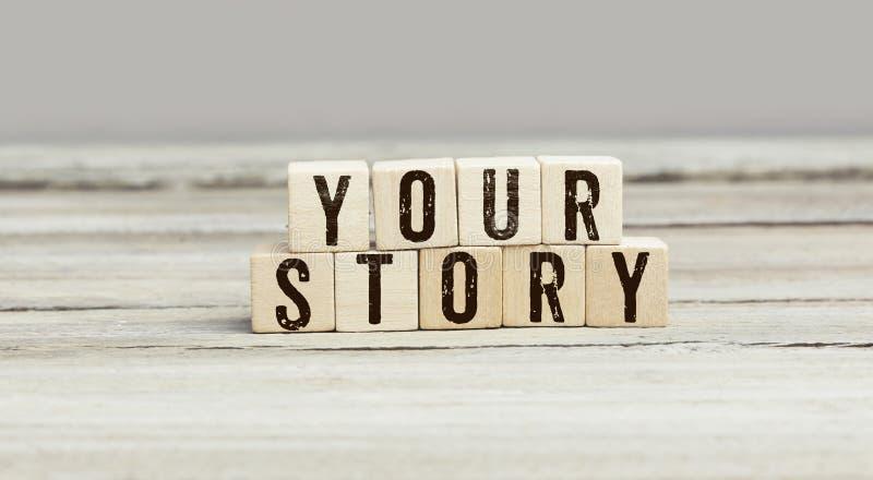Woorden Uw Verhaal op houten kubussen royalty-vrije stock foto's
