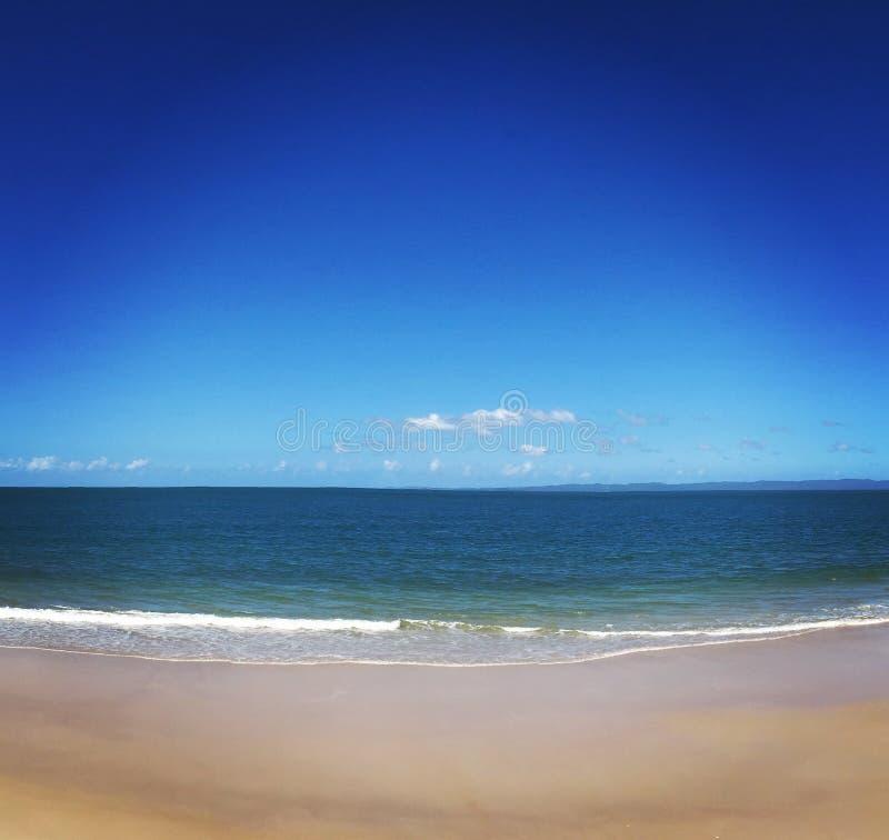 Woorim-Strand, klarer Himmel, klares Wasser, klarer Sand lizenzfreies stockbild