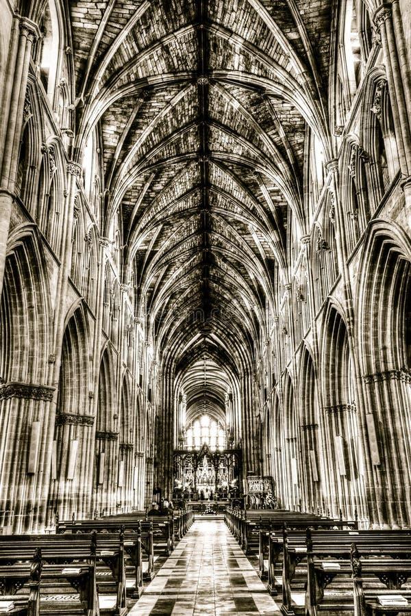 Worcester-Kathedralen-Kirchenschiff, Schwarzweiss-HDR-Fotografie lizenzfreie stockbilder