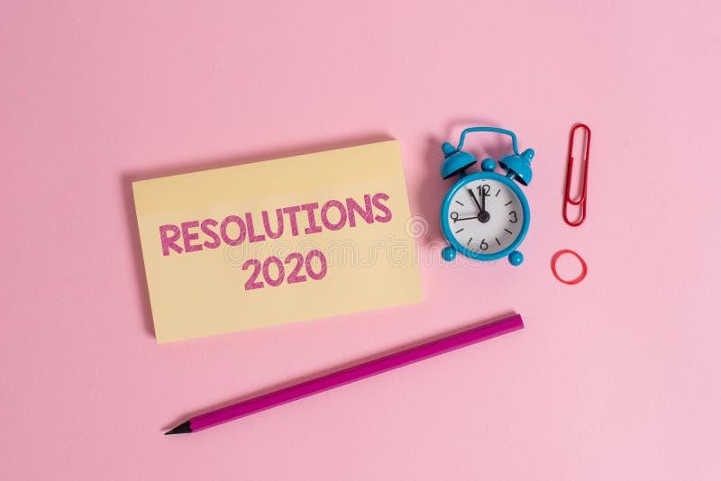 Word écrivant les résolutions 2020 des textes Le concept d'affaires pour la liste de choses souhaite être entièrement fait dans l image libre de droits