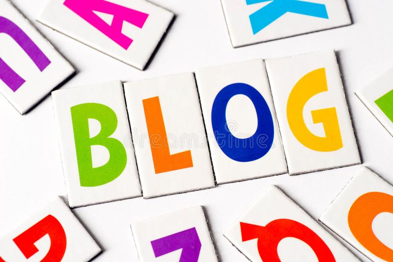Word blog van kleurrijke brieven wordt gemaakt die royalty-vrije stock afbeelding