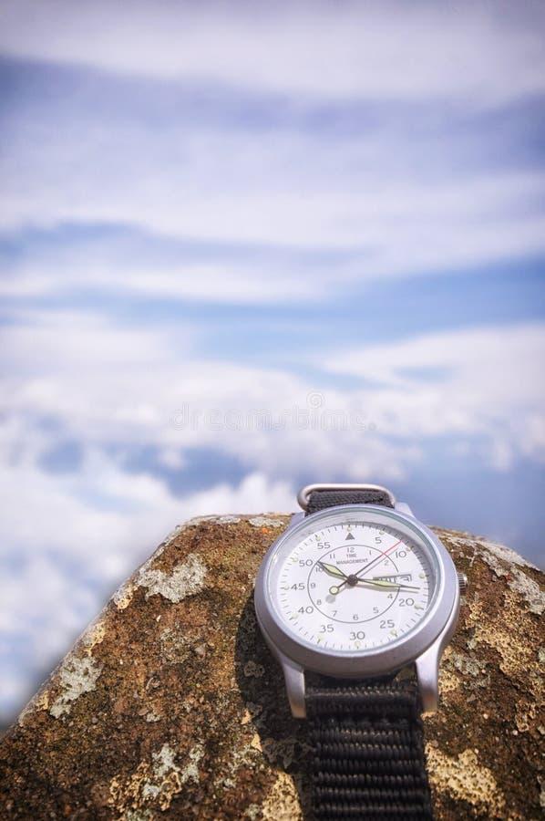 Word de gestion du temps sur la montre-bracelet photographie stock libre de droits