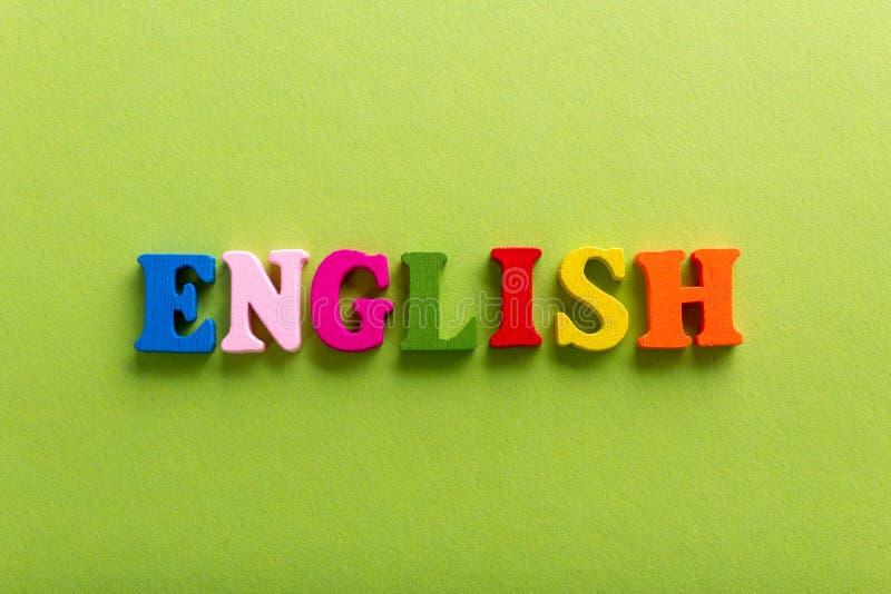 Word de l'anglais des lettres en bois de couleur de l'alphabet photographie stock