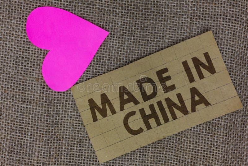 Word het schrijven tekst in China wordt gemaakt dat Bedrijfsconcept voor de In het groot van de de Wereldwijde handel Aziatische  stock foto