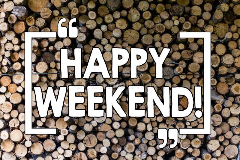 Word het schrijven tekst Gelukkig Weekend Het bedrijfsconcept voor het Dit wensen u heeft goede ontspannende dagen rust krijgen v royalty-vrije stock fotografie