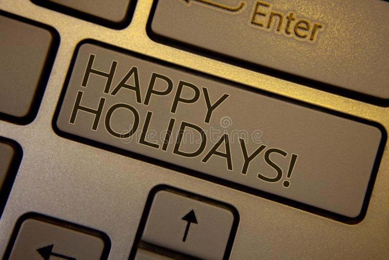 Word het schrijven tekst Gelukkige Vakantie Motievenvraag Bedrijfsconcept voor Groet die Feestelijke bruine zeer belangrijke blac stock fotografie