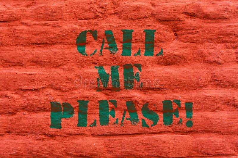 Word het schrijven tekst Mij bellen tevreden Bedrijfsconcept voor het Vragen om mededeling telefonisch om over iets te spreken stock afbeeldingen