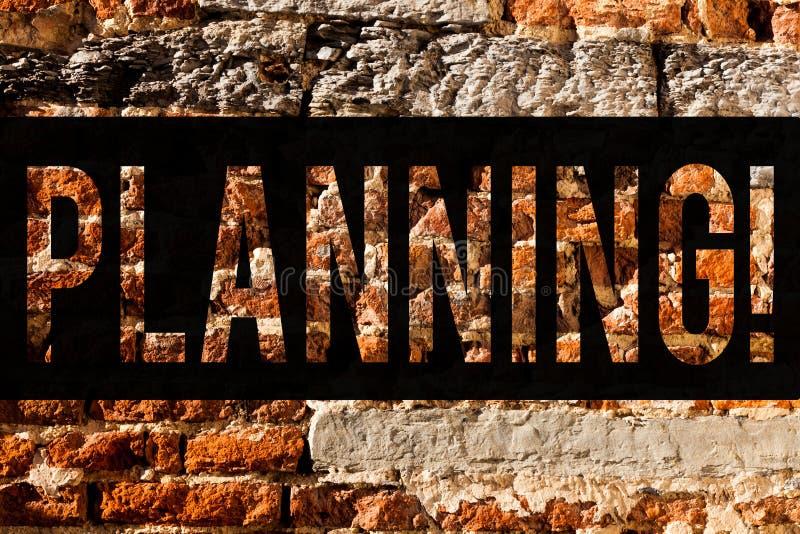 Word het schrijven tekst Planning Het bedrijfsconcept voor het Bepalen van strategieën om een doelproces te bereiken om te maken  stock foto