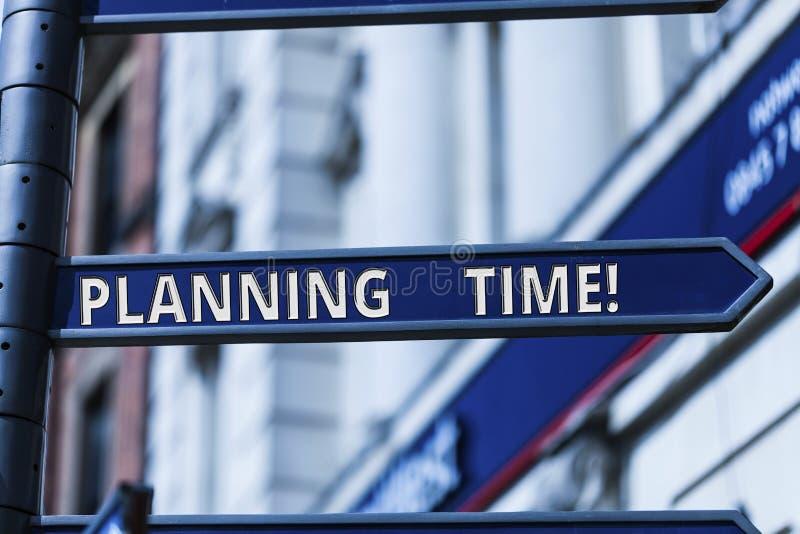 Word het schrijven tekst Planningstijd Bedrijfsconcept voor het Uitoefenen van bedachtzame controle van tijd besteed aan specifie royalty-vrije stock afbeelding