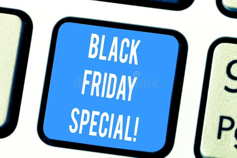Word het schrijven tekst Speciaal Black Friday Bedrijfsconcept voor de dag na dankzeggings Gek Verkoop het Winkelen seizoen stock foto's