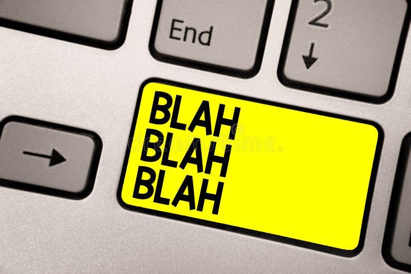 Word het schrijven tekstnonsens - nonsens Het bedrijfsconcept voor het Spreken van teveel vals de onzin van informatieroddels het stock afbeelding