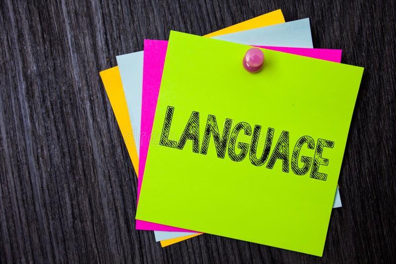Word het schrijven teksttaal Bedrijfsconcept voor Methode van de menselijke mededeling Gesproken Geschreven Uitdrukking van Gebru stock afbeelding