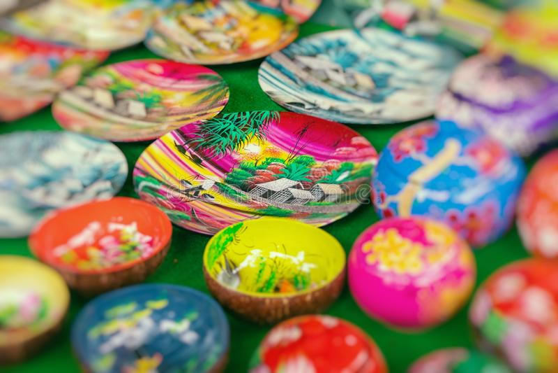 Worden de traditionele herinneringen van Vietnam ` s verkocht in winkel bij het Oude Kwart van Hanoi ` s vietnam Selectieve nadru stock foto's
