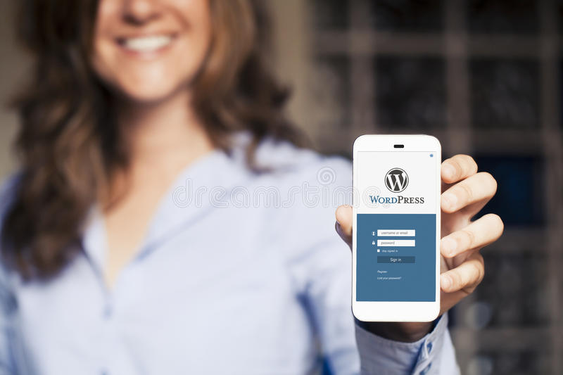 Wordpress mobiele App in het slim telefoonscherm royalty-vrije stock foto