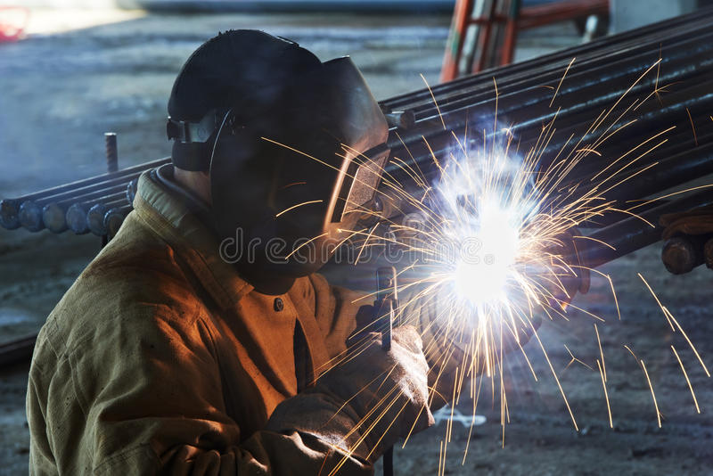 Download Worker Welding With Electric Arc Electrode Stock Image - Image: 28709323