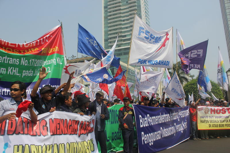 Download Workers Held Demonstration In Jakarta Editorial Stock Image - Image: 25845719