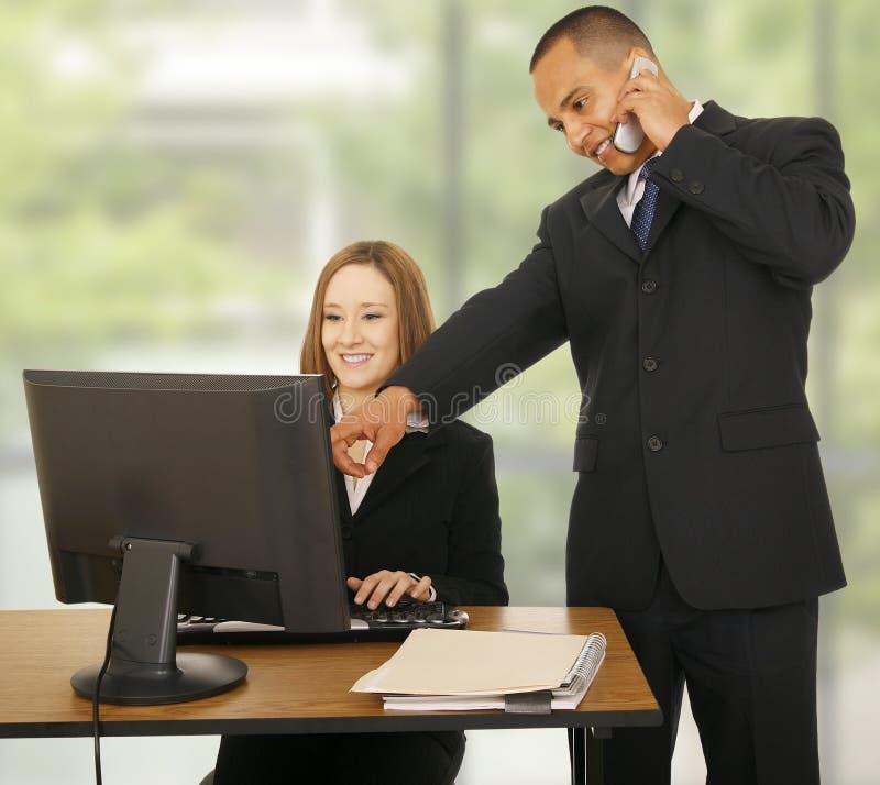 working för lag för affärskontor arkivfoto