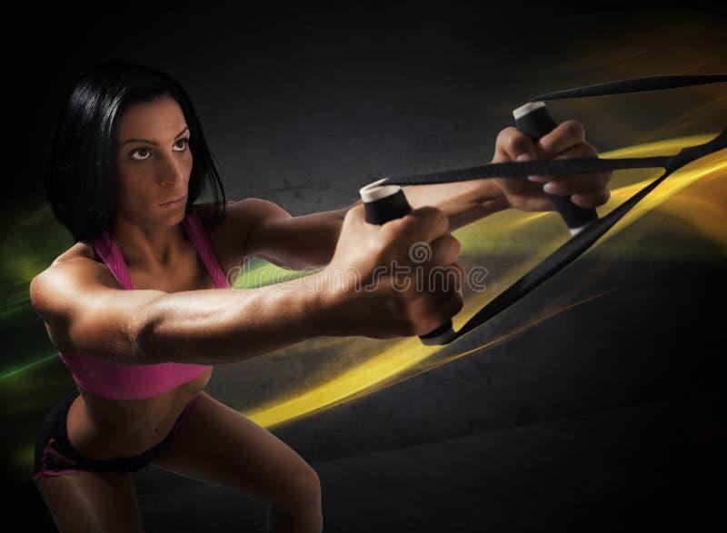 Workout με το trx στοκ εικόνες με δικαίωμα ελεύθερης χρήσης