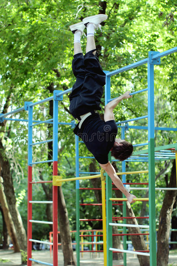 Download Workout. Handstand Royalty Free Stock Photography - Image: 15009537