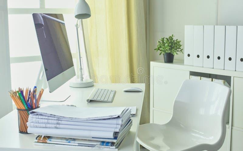 Workspace prezentaci mockup, komputer stacjonarny i biuro supp, zdjęcia royalty free