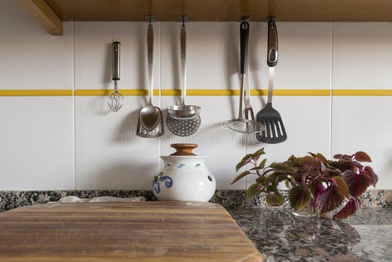 Worktop im Küchentisch stockfotografie