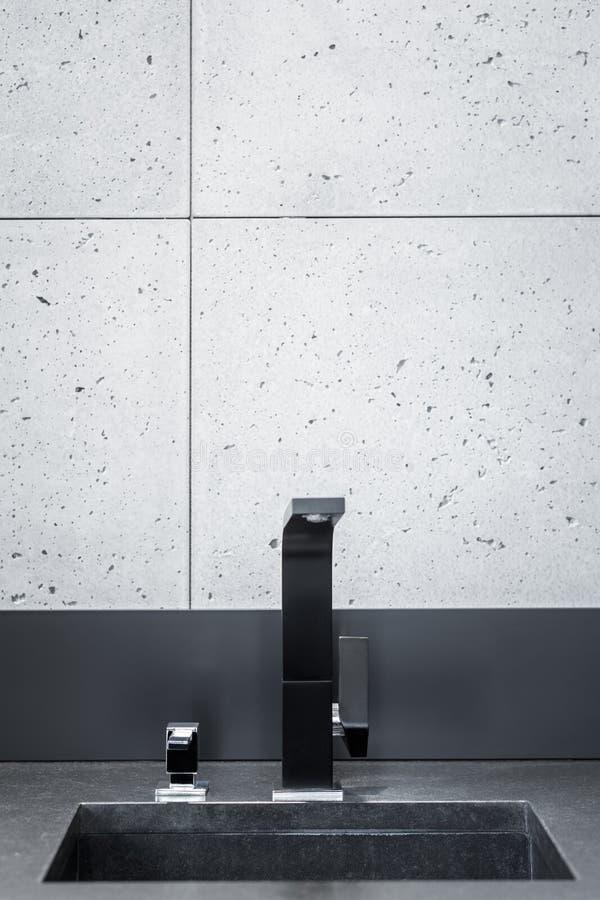 Worktop negro de la cocina fotografía de archivo libre de regalías