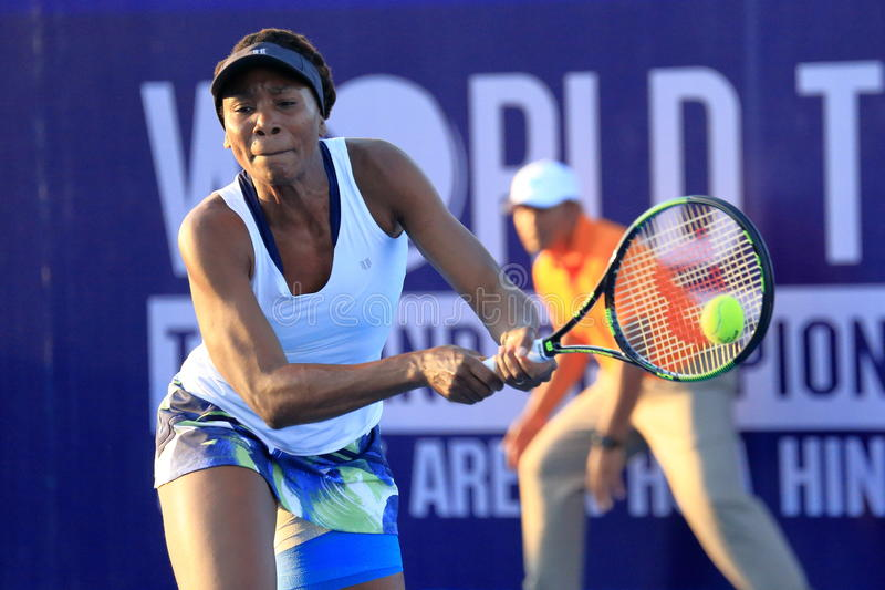 World tennis Thailand. Hua-Hin, Thailand - January 1 : Venus Williams action in World Tennis Thailand Championship Williams had lost to Kerber(German) 4-6, 3-6 royalty free stock images