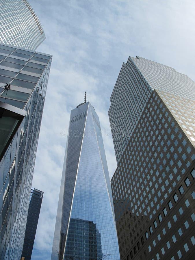World Trade Center en New York City en primavera imagenes de archivo