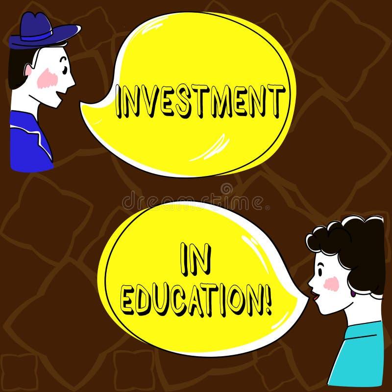 Wort, das Text Investition in Ausbildung schreibt Geschäftskonzept für Attain Wissen, das das Erwerben der gezeichneten Hand erhö vektor abbildung