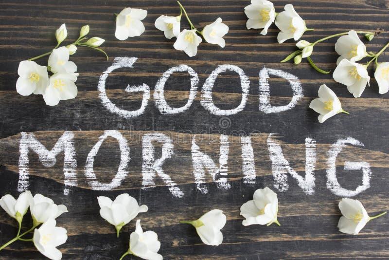 Wort-guter Morgen mit Jasmine Flowers stockfotos