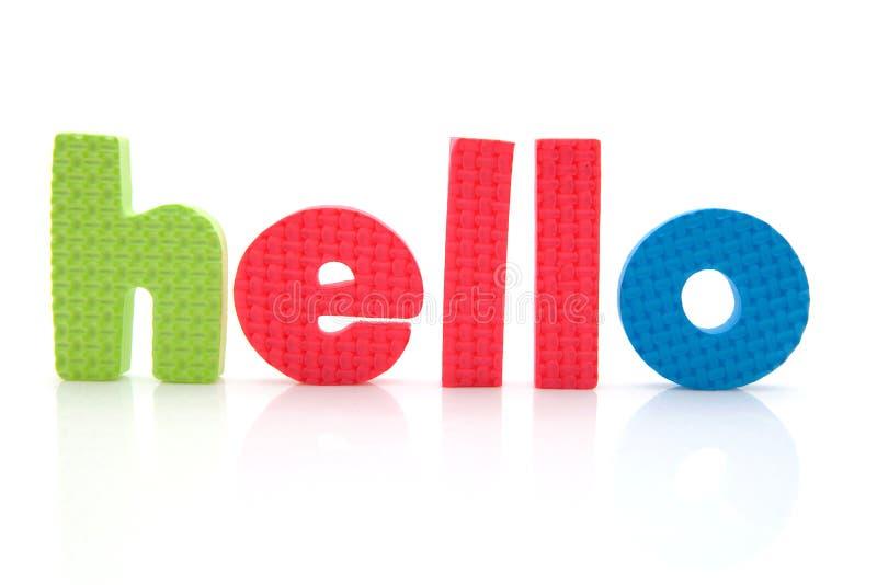 Wort hallo in den Schaumgummizeichen stockbild