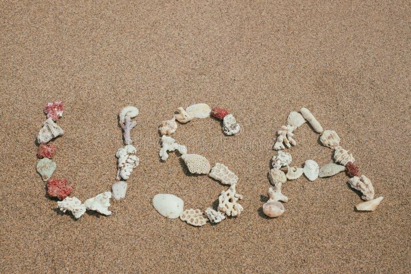 Download Wort USA Gemacht Von Shellson Sonnigem Strand Stockbild - Bild von zustände, amerika: 106802639