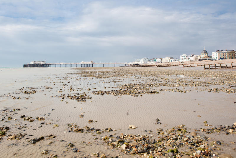 Worthing plaża, Zachodni Sussex, Zjednoczone Królestwo zdjęcia stock