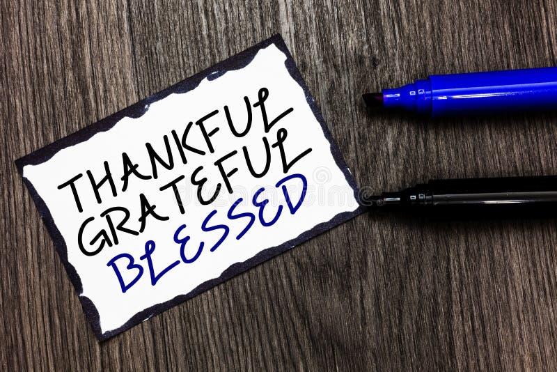 Wortschreibens-Text dankbares dankbares gesegnet Geschäftskonzept für Schwarzes Haltung der Anerkennungsdankbarkeitsguten laune lizenzfreie stockfotografie