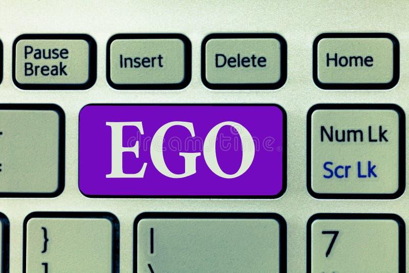Wortschreibens-Text Ego Geschäftskonzept für Richtung von Selbstachtung selfworth einer bewussten denkenden Angelegenheit der Per stockfotografie