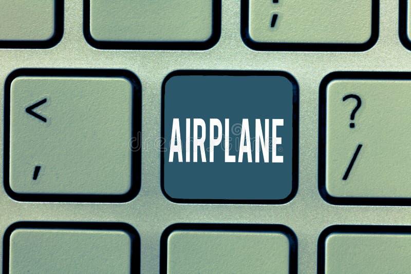 Wortschreibens-Text Flugzeug Geschäftskonzept für Flugzeug-Fahrzeug entwarf für Reiseantennentransport stockfoto