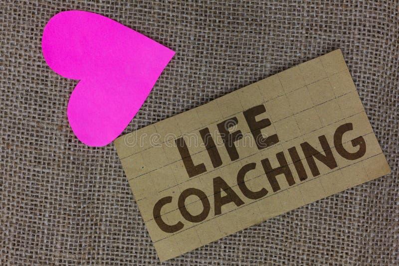 Wortschreibens-Text Lebensberatung Geschäftskonzept für Improve Leben durch Herausforderungen regt uns in unserem Karriere-Stückk stockbild