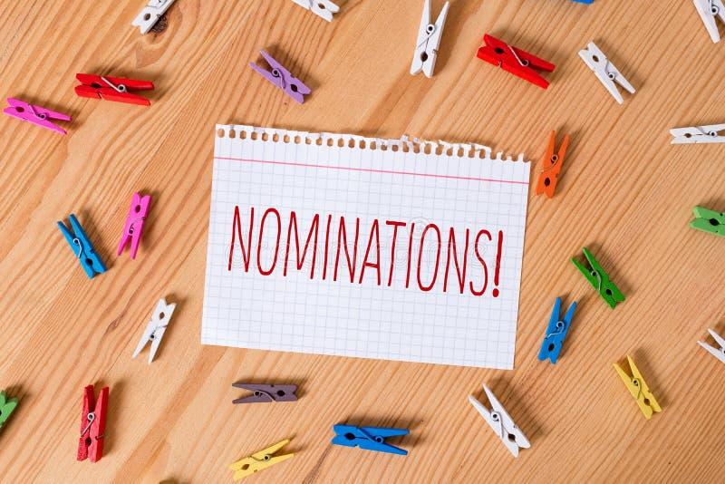 Wortschreibens-Text Nominierungen Geschäftskonzept für Aktion der Ernennung oder des Zustandes, die für den Preis gefärbt ernannt stockbilder
